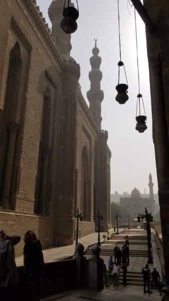 カイロの巨大なモスク、ガーマ・アル・リファイ