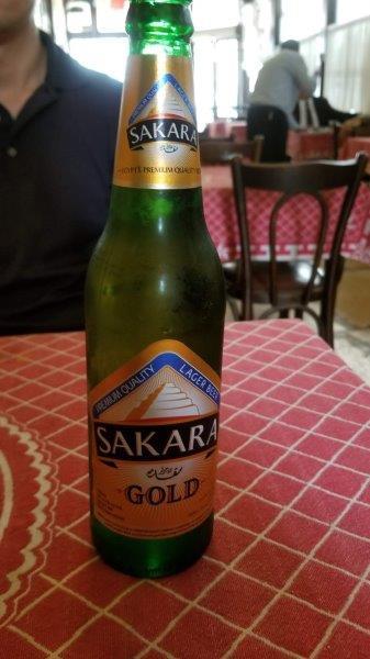 カイロの老舗レストラン、カフェ・リーシュのエジプトビール