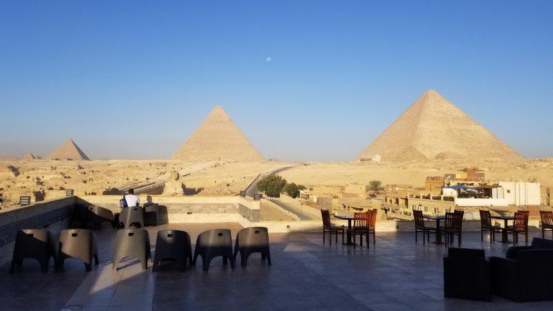 ハヤト・ピラミッド ビュー ホテルのデッキからの眺め