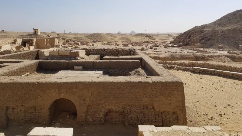 エジプトにあるサッカラ遺跡