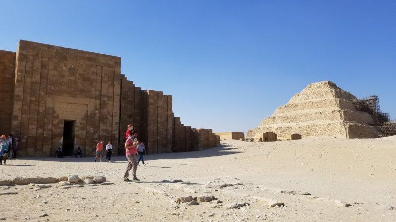 サッカーラにある、ジョセル王の階段ピラミッド