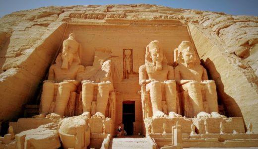 """【エジプト】""""建築王"""" が手掛けた神秘の神殿、アブ・シンベルへ"""