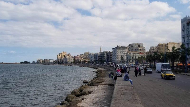 アレキサンドリアの海岸沿い