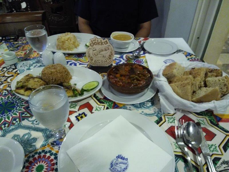 アスワンのエジプト料理のレストラン、エル・ドッカ