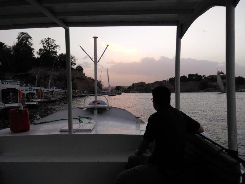 エル・ドッカ行きのボート