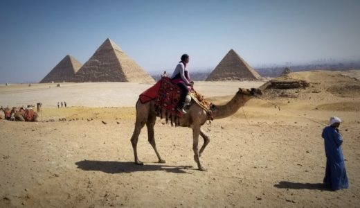 【エジプト】ギザ観光①:ピラミッド・スフィンクス・ラクダ乗り!大人気のオプショナルツアー