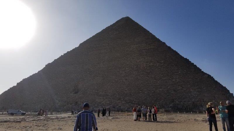 ギザ・クフ王の大ピラミッド