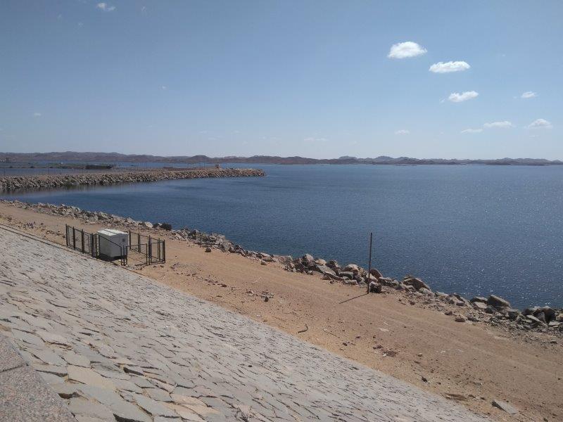 エジプト南部のアスワン・ハイ・ダム