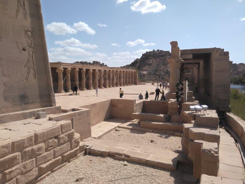 ナイル沿いに浮かぶイシス神殿-フィラエ神殿