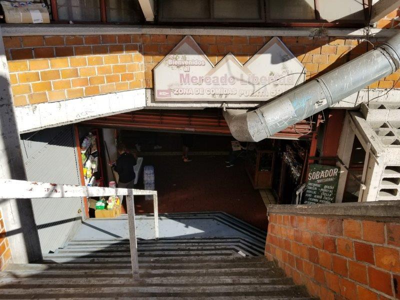 メキシコ・グアダラハラのリベルタ市場入り口。