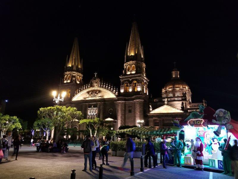メキシコ・グアダラハラ広場のクリスマス