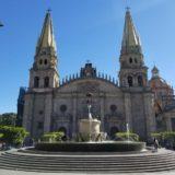 グアダラハラ観光・グアダラハラ中心の広場