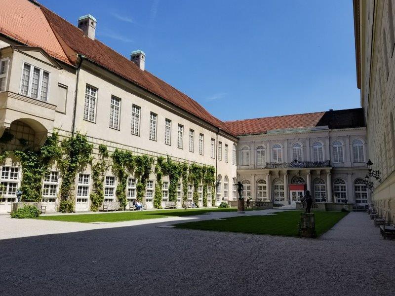 ミュンヘンのレジデンツの庭園。