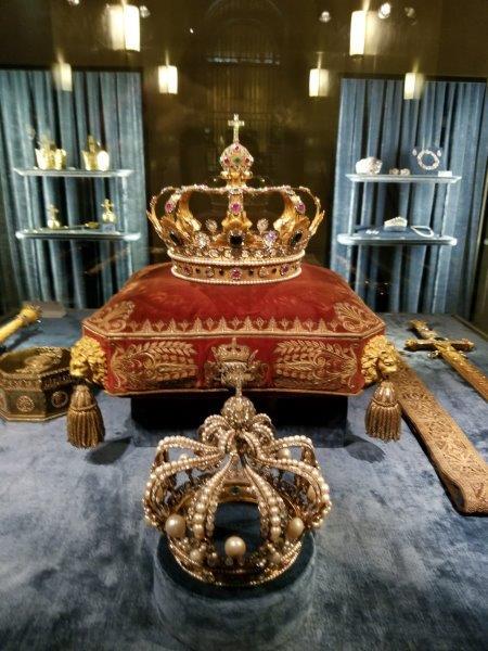 ミュンヘンのレジデンツ。バイエルンの王冠。