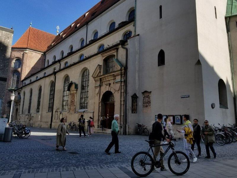 ミュンヘン最古の教会、聖ペーター教会(St. Peter's Church)