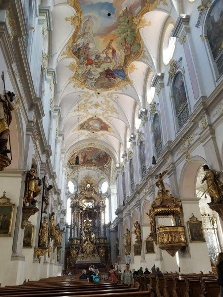 ミュンヘンで一番古い教会、聖ペーター教会(St. Peter's Church)