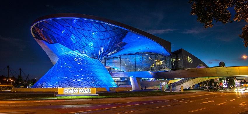 ミュンヘンのBMW博物館、BMWワールド。