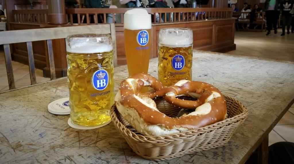 ミュンヘンのおすすめレストラン、ビアホール。