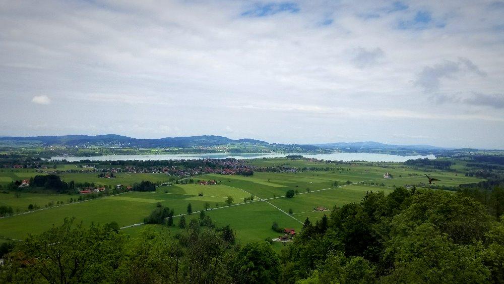ドイツのノイシュバンシュタイン城からの眺め