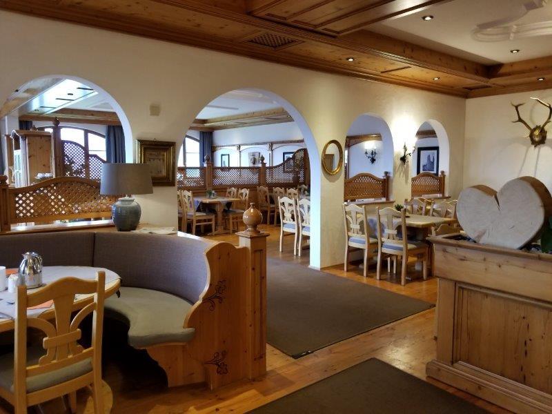 ハートゥングズ ホテル ドルフ(Hartung's Hotel Dorf)のレストラン。