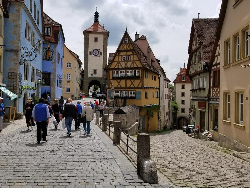 ドイツでレンタカー。ロマンティック街道のローテンブルクへ寄り道。