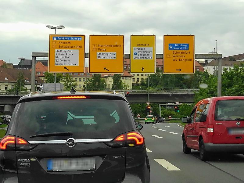 ドイツでレンタカー。ロマンチック街道の始点ヴュルツブルク。