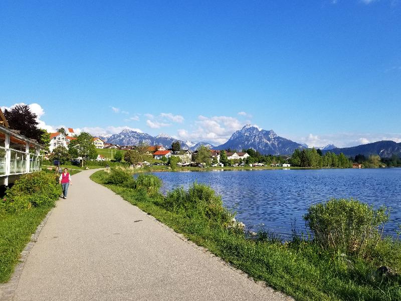 フュッセンのホップフェン湖(hopfensee)。アルプス山麓。