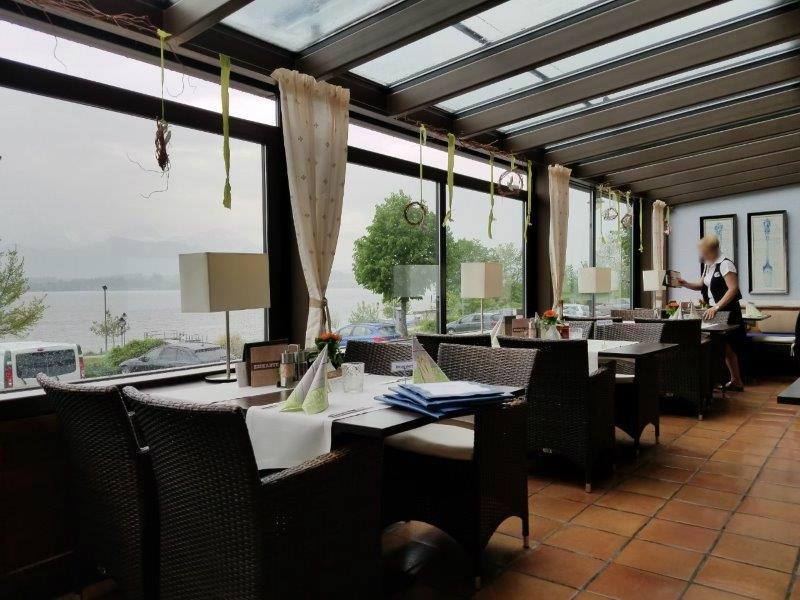 ホップフェン湖沿いにある、ホテル・ガイガー(hotel geiger)のレストラン。