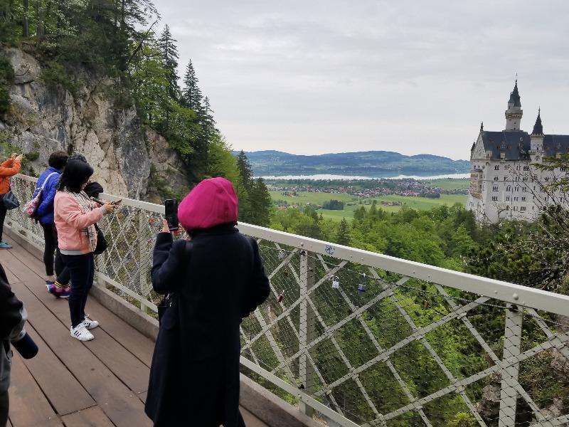 ノイシュバンシュタイン城の絶景スポット、マリエン橋
