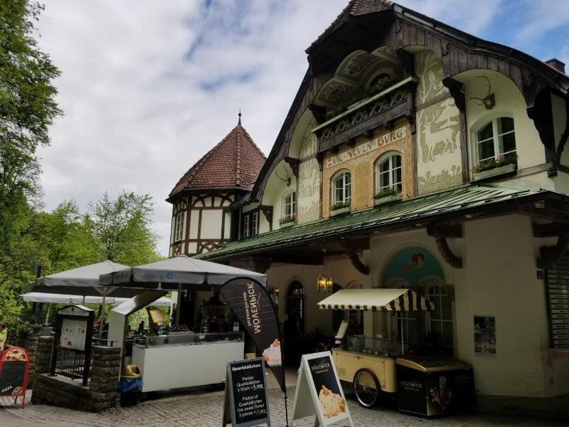 ノイシュバンシュタイン城傍のレストラン