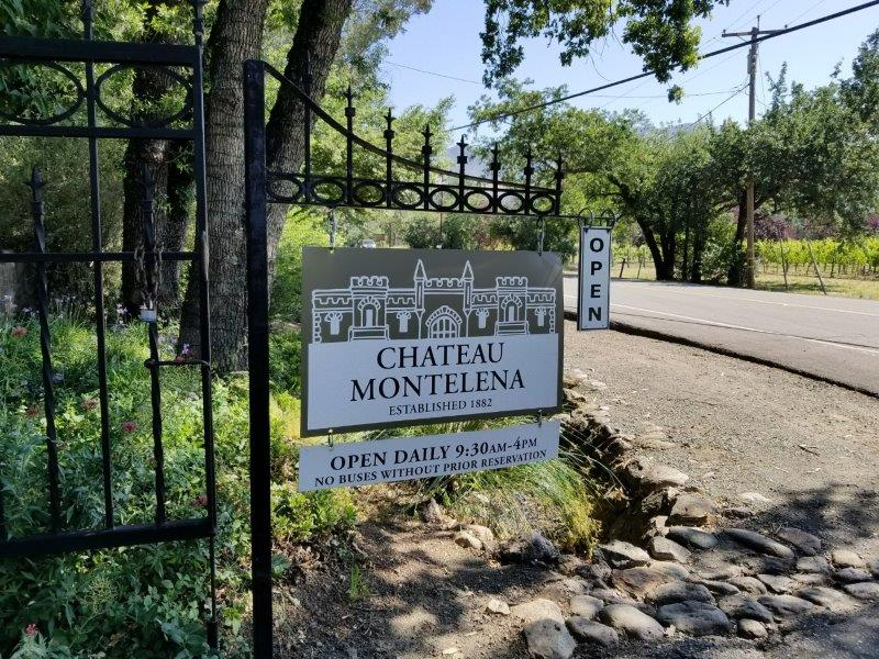 ナパのワイナリーシャトー・モンテレーナ(モンテリーナ)(Chateau Montelena)入り口。
