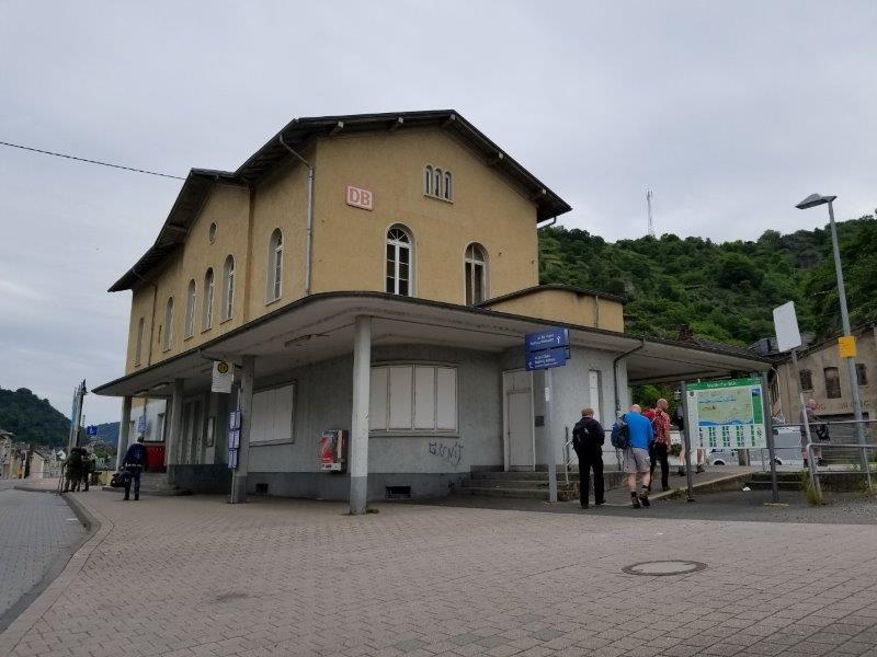 ザンクトゴアールスハウゼン駅。