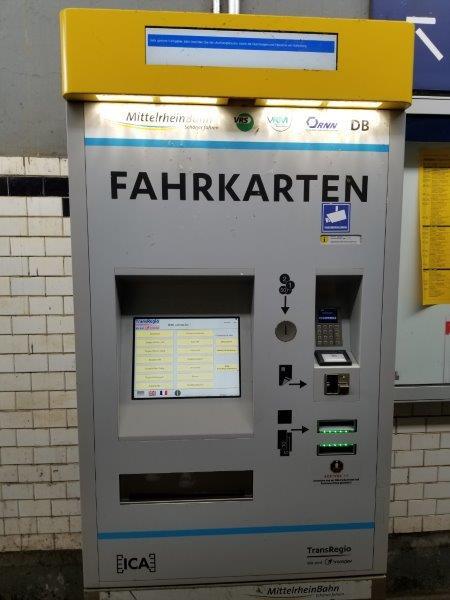 ザンクトゴアール駅の切符の自動販売機