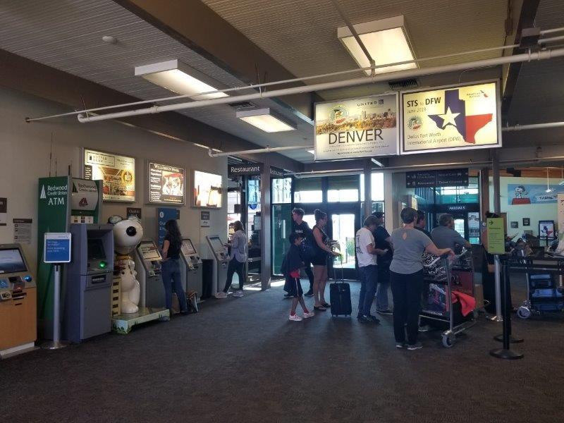 ソノマの空港。(Charles M. Schulz Sonoma County Airport)