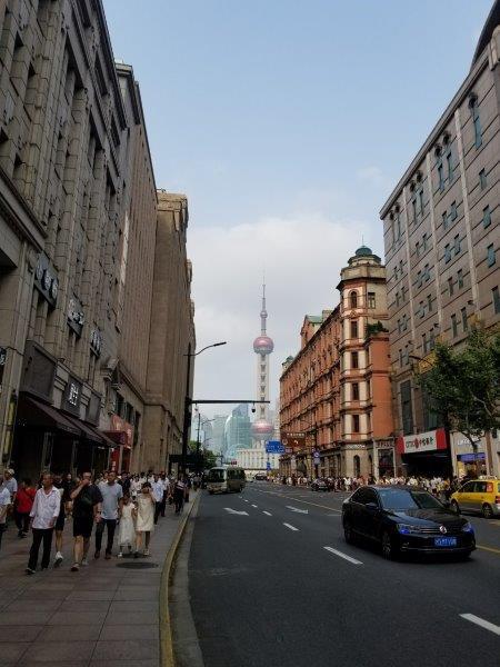 上海の繁華街「南京東路」