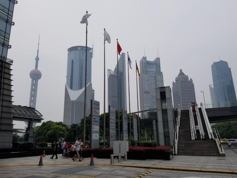 上海観光・浦東(プドン)地区のオフィス街