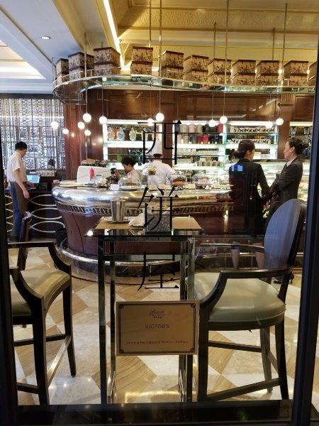 上海のフェアモント・ピース・ホテル。Victor's Cafe.