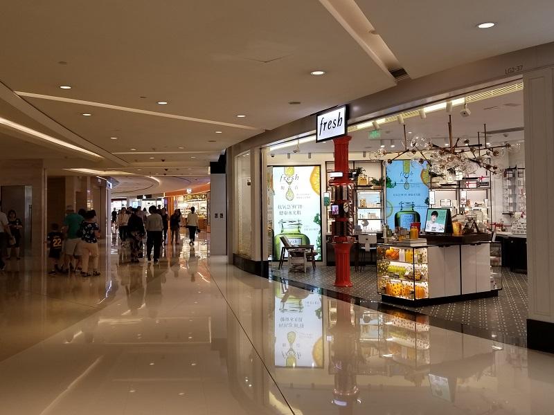 上海のショッピングモール IFC mall (上海国金中心商場)