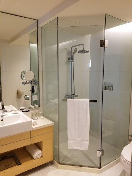 ルネッサンス 上海 豫園 ホテル シャワールーム