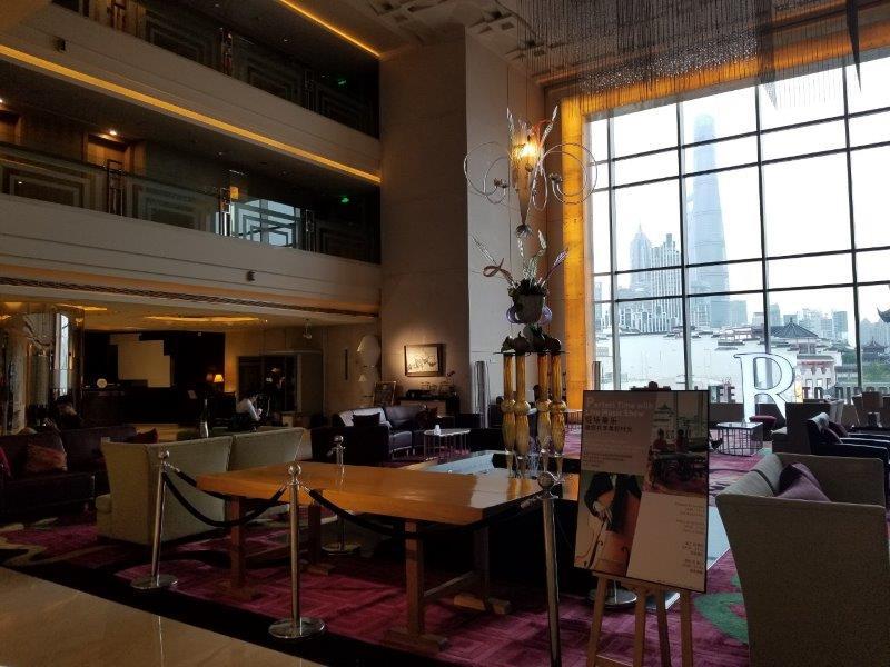 ルネッサンス 上海 豫園 ホテル ロビーのラウンジ