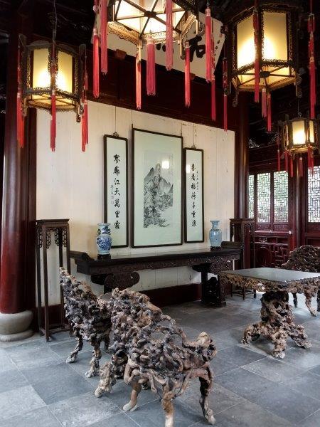 上海の観光名所「豫園(よえん)」。
