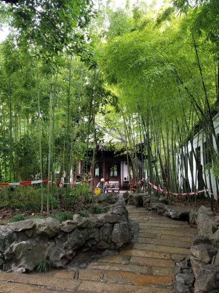 上海の中国庭園「豫園(よえん)」。