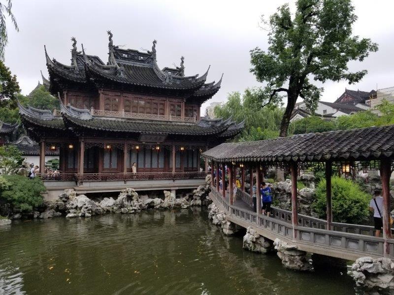 上海の観光スポット「豫園」。