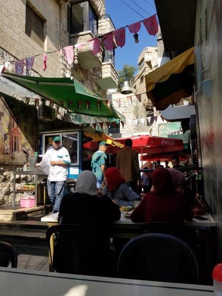 ヨルダン・アンマンダウンタウンの中東料理レストラン
