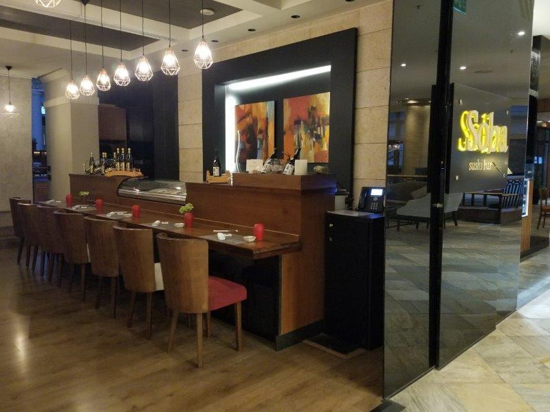 ヨルダンのインターコンチネンタルホテル・アンマン(InterContinental Amman)。一階のレストラン。