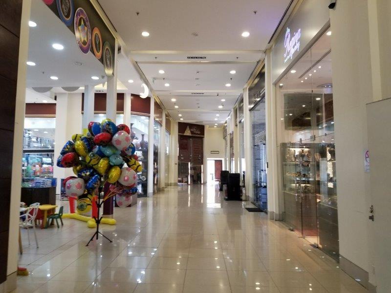 ヨルダン死海リゾートのショッピングモール(Samarah Mall)