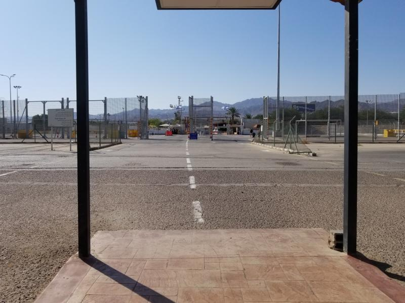 ヨルダンとイスラエルの国境。ワディアラバ。
