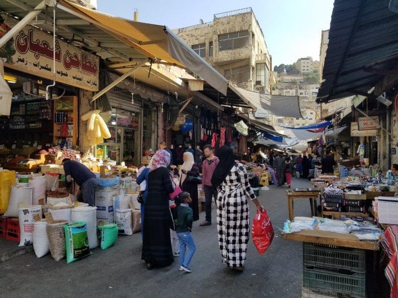 ヨルダンの首都アンマンのダウンタウン