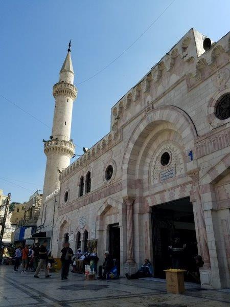 ヨルダンの首都アンマンの中心、「フセイン・モスク(アル・フセイニ・モスク)」