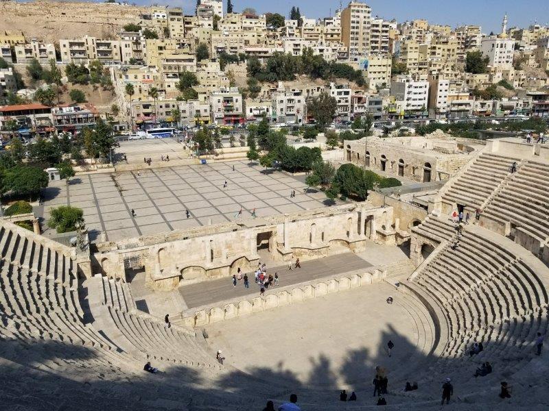 ヨルダンの首都アンマンのローマ劇場